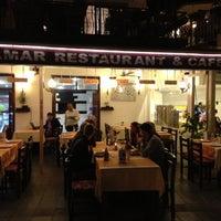 4/22/2013 tarihinde özcan K.ziyaretçi tarafından Calamar Restaurant'de çekilen fotoğraf