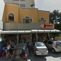 Foto tirada no(a) Boulevard Padaria por Marco Antonio S. em 2/6/2013