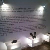 4/22/2013 tarihinde Karl K.ziyaretçi tarafından Muzej prekinutih veza | Museum of Broken Relationships'de çekilen fotoğraf