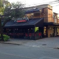 Foto diambil di Babilônia Gastronomia oleh Marcelo Woellner P. pada 5/15/2013