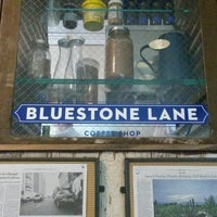Снимок сделан в Bluestone Lane пользователем Masayo K. 10/2/2013