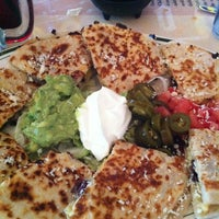 Foto tirada no(a) El Real Tex-Mex Cafe por Emi M. em 3/16/2013