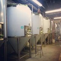 Das Foto wurde bei Peticolas Brewing Company von Beer P. am 7/22/2013 aufgenommen