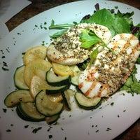 8/31/2013 tarihinde Ron H.ziyaretçi tarafından Bruno's Restaurant'de çekilen fotoğraf