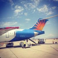 Снимок сделан в Phoenix-Mesa Gateway Airport (AZA) пользователем Aaron J. 7/8/2013