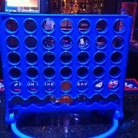11/29/2012 tarihinde Gaetan V.ziyaretçi tarafından Raven Lounge'de çekilen fotoğraf