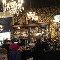 Foto tirada no(a) Mother's Bistro & Bar por Mikki E. em 2/3/2013