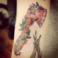 Снимок сделан в Vagabond Tattoo пользователем Rebecca M. 2/9/2013