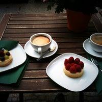 Foto diambil di café sellberg oleh T. B. pada 6/16/2013