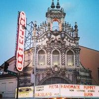Снимок сделан в Hollywood Theatre пользователем Elena M. 6/2/2013