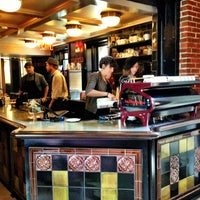 7/14/2013에 Cheng Hui C.님이 Intelligentsia Coffee에서 찍은 사진