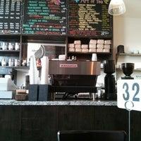 Das Foto wurde bei Chango Coffee von del am 2/2/2013 aufgenommen