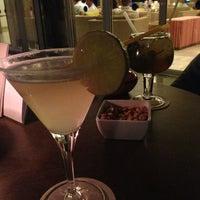 8/12/2013 tarihinde Anastasia V.ziyaretçi tarafından Blau bar'de çekilen fotoğraf