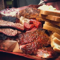 Foto scattata a Franklin Barbecue da Mark B. il 6/14/2013