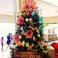 Foto diambil di Pondok Indah Mall oleh Putri A. pada 12/9/2012