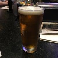 Foto tirada no(a) Bar Louie por Kevin B. em 5/11/2018