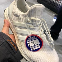sports shoes d2473 e27be Photo taken at JD Sports by Sanny D. on 1 2 2019 ...