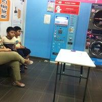 7/26/2014 tarihinde DjThoRmented R.ziyaretçi tarafından Clean Pro Express'de çekilen fotoğraf