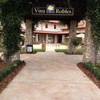 Foto scattata a Vina Robles Vineyards & Winery da Brad L. il 8/31/2013