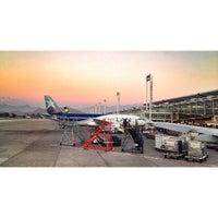 Foto scattata a Aeropuerto Internacional Comodoro Arturo Merino Benítez (SCL) da Ryan T. il 9/25/2013