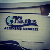9/17/2013 tarihinde Tuğba Ç.ziyaretçi tarafından Tepe Nautilus'de çekilen fotoğraf
