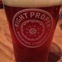 Foto scattata a Right Proper Brewing Company da Jim M. il 12/20/2013