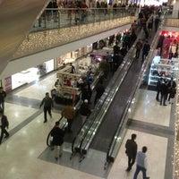 3/8/2013 tarihinde Ghazwan M.ziyaretçi tarafından Family Mall'de çekilen fotoğraf