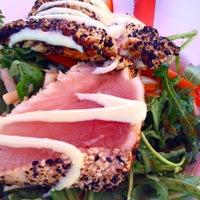 Foto scattata a Sockeye City Grill Waterfront Restaurant da Sockeye City Grill Waterfront Restaurant il 9/3/2015