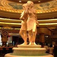 7/15/2013에 Jessica P.님이 Caesars Palace Hotel & Casino에서 찍은 사진