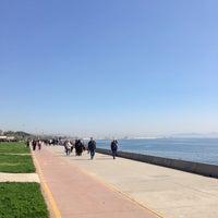 Das Foto wurde bei Bostancı Sahili von Cengizhan S. am 4/12/2013 aufgenommen