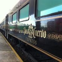Das Foto wurde bei Jose Cuervo Express von Luis G. am 3/23/2013 aufgenommen