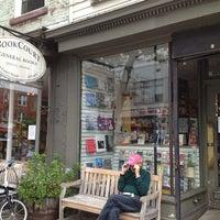 Foto tirada no(a) BookCourt por Caitlin C. em 2/10/2013