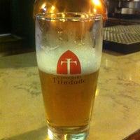 Foto tirada no(a) Cervejaria Trindade por Adilson R. em 4/24/2013