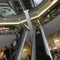 Снимок сделан в Shopping Center 3 пользователем Gabriela B. 3/1/2013