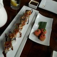 11/9/2012 tarihinde Rosi M.ziyaretçi tarafından Takami Sushi'de çekilen fotoğraf