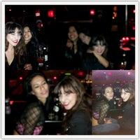 Foto tirada no(a) Circle Bar por Rosi M. em 12/6/2012