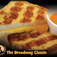 10/13/2013にNew York Grilled Cheese Co.がNew York Grilled Cheese Co.で撮った写真