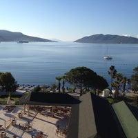 Снимок сделан в Azka Hotel пользователем Sinem C. 5/20/2012