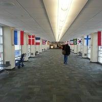 Foto diambil di The Eastern Iowa Airport oleh Sebastian S. pada 10/29/2012
