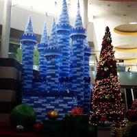 Foto scattata a SM Supercenter Muntinlupa da AskSonnie (. il 12/18/2012