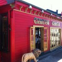 2/12/2013にBlyth ^••^ A.がCircus Circus Cafeで撮った写真