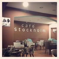 4/21/2013에 Umut Y.님이 Cafe Stockholm에서 찍은 사진
