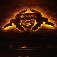 Foto tomada en Brasserie Bomonti por Umut Y. el 12/8/2012