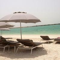 Photo prise au Yas Beach / شاطئ ياس par Дмитрий R. le6/2/2013
