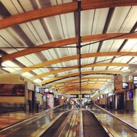 Foto tirada no(a) Raleigh-Durham International Airport (RDU) por Will P. em 9/23/2012