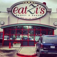 Das Foto wurde bei eatZi's Market & Bakery von Louis N. am 5/3/2013 aufgenommen