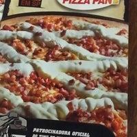 Foto tirada no(a) Super Pizza Pan por Anderson Clayton F. em 3/23/2014
