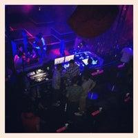 Foto tirada no(a) ZIRCA Mega Club por Jenny L. em 2/10/2013