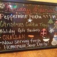 รูปภาพถ่ายที่ Scafuri Bakery โดย Heather H. เมื่อ 12/12/2013