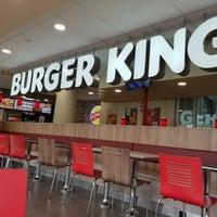 รูปภาพถ่ายที่ Burger King โดย Bart K. เมื่อ 8/13/2018
